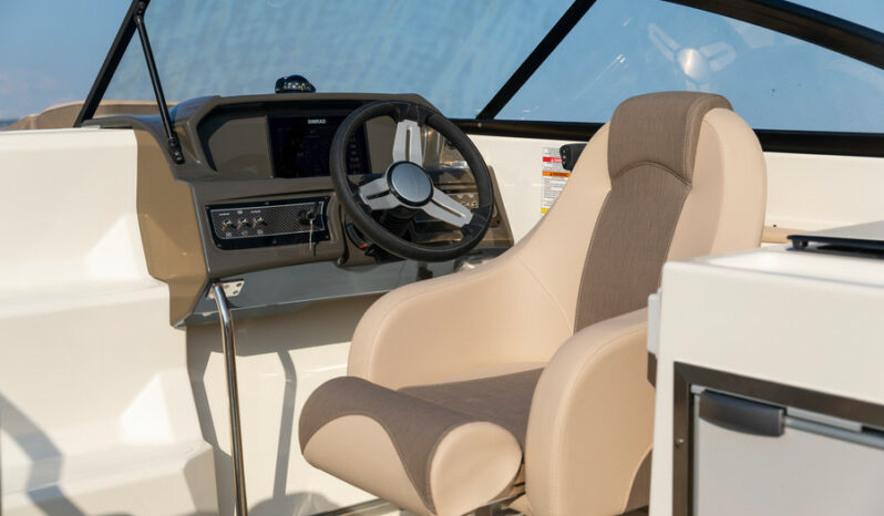 Bayliner VR6 Cuddy med MerCruiser QSD 2.0 170 Alpha One full